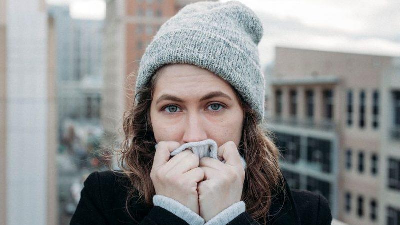 冷えは万病のもと!冬に向けて今から始めるべき5つの温活習慣